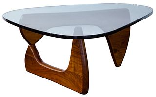 (Attributed to) Isamu Noguchi for Herman Miller Model IN-50 Walnut Coffee Table