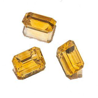 Tres citrinas sin montar corte rectangular escalonado. 26.90 ct.