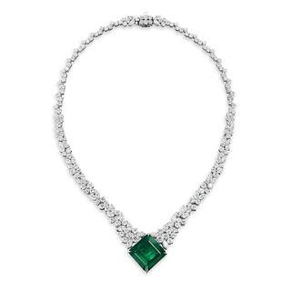 BEAUTIFUL EMERALD AND DIAMOND NECKLACE
