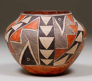 Acoma Pueblo Arrowhead & Bird's Eye Polychrome Jar