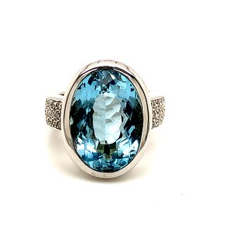 18K Blue Topaz Diamond Ring