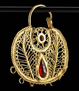 10th C. Byzantine Gold Filigree Earring w/ Garnets
