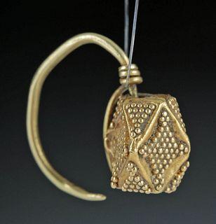 Bactrian 22K Gold Earring - 1.4 grams