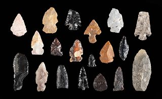 Lot of 19 Ancient Pacific Northwest Stone Arrowheads
