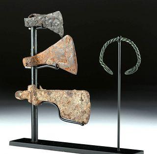 Viking Iron Axes + Bracelet (4 pcs)