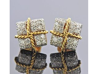 Verdura 18k Gold Diamond Stud Earrings