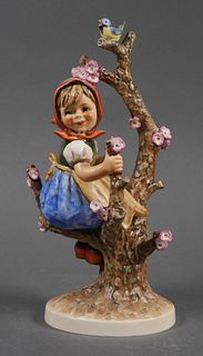 Large Hummel APPLE TREE GIRL 141 TMK5