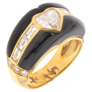 RING WITH ENAMEL AND DIAMONDS IN 18K YELLOW GOLD, Weight: 8.4 g, Size: 7