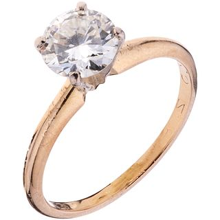SOLITAIRE RING WITH DIAMOND IN 14K YELLOW GOLD Weight: 2.2 g. Size: 6 1 Brilliant cut diamond ...