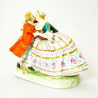 Dresden Porcelain Figural Group, Couple Kissing