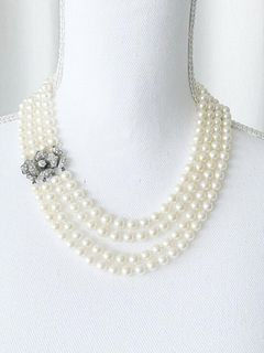 Fresh water Pearls Necklace, 18k Gold and Diamond clasp