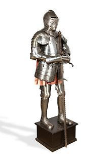 ANTIQUE COMPLETE SUIT OF ARMOR IN 17TH CENTURY STYLE