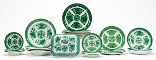 CHINESE EXPORT, GREEN FITZHUGH PATTERN PORCELAIN