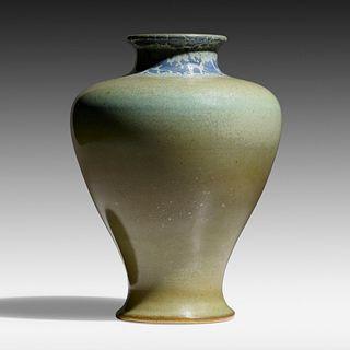 Charles Fergus Binns, Vase