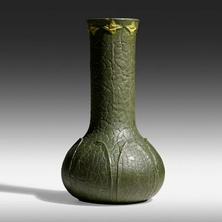 Grueby Faience Company, Rare and Large vase