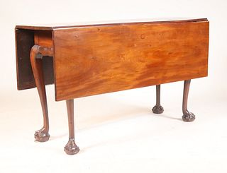 Chippendale Figured Mahogany Drop Leaf Table