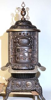 Cast Iron No 18 Parlor Stove, Lakeside Foundry Co