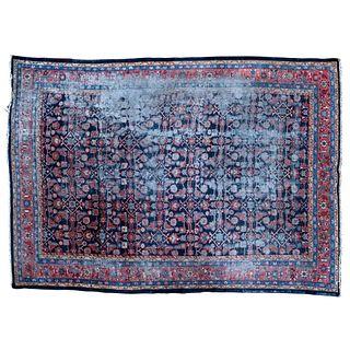 ALFOMBRA IRÁN, PRIMERA MITAD DEL SIGLO XX  En lana y algodón Decorada con motivos florales y geométricos. 256 x 344 cm