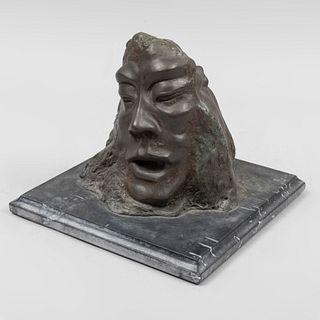 Rostros entrecortados. Firmado con monograma C. F. M. M. (?) y fechado 75. Fundición en bronce patinado con base de mármol negro.