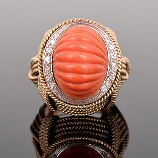 14K Gold, Diamond & Coral Estate Ring