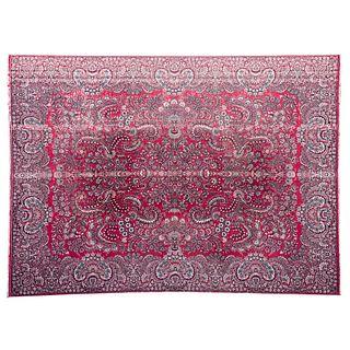 Tapete. Medio Oriente. Siglo XXI. Estilo Mashad. Elaborado en fibras de lana ensedada. 404 x 305 cm