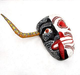 Rutilio Pascual. Máscara de dualidad. México. Siglo XX. Firmada. Elaborada en madera policromada.