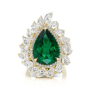 11.27CT PEAR SHAPE EMERALD AND DIAMOND RING