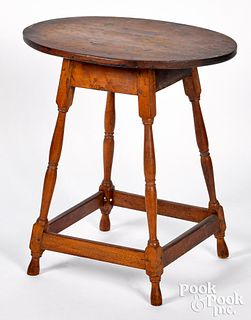 Diminutive pine and maple splay leg stand