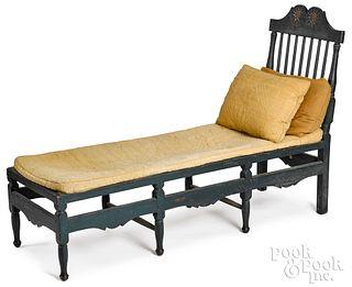 New England Queen Anne painted daybed