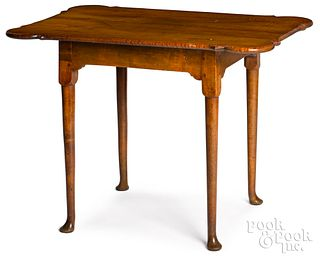 New England Queen Anne tiger maple tea table