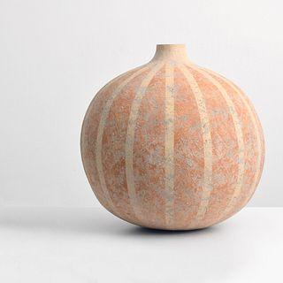 """Large Claude Conover """"Alau"""" Vase/Vessel"""