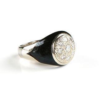 A MEN'S ART DECO STYLE DIAMOND, BLACK ONYX, AND 14K WHITE GOLD RING,