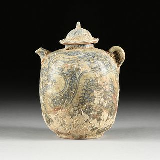 AN UNUSUAL VIETNAMESE/ANNAMESE BLUE AND WHITE PORCELAIN LIDDED WINE POT, SHIPWRECK ARTIFACT, 15TH/16TH CENTURY,