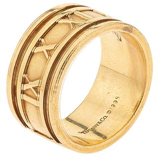 RING IN 18K YELLOW GOLD Weight: 18.2 g. Size: 11
