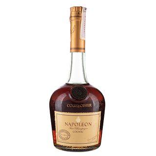Courvoisier. Napoléon Cognac. France. En presentación de 700 ml.