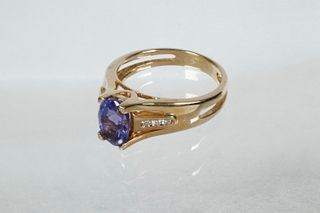 14K GOLD, TANZANITE & DIAMOND RING