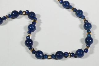 LAPIS LAZULI NECKLACE BY SAM SHAW (NORTHEAST HARBOR, ME)