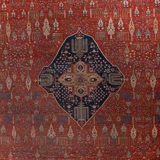 Large and Fine Persian Sarouk Fereghan Carpet