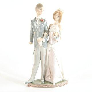 Matrimony 1011404 - Lladro Porcelain Figure