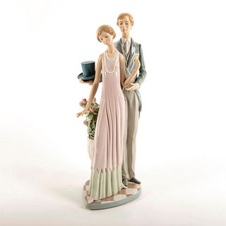 High Society 1001430 - Lladro Porcelain Figure