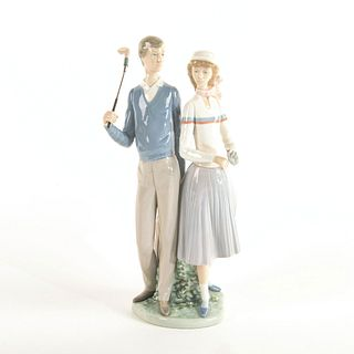 Golfing Couple 1001453 - Lladro Porcelain Figure