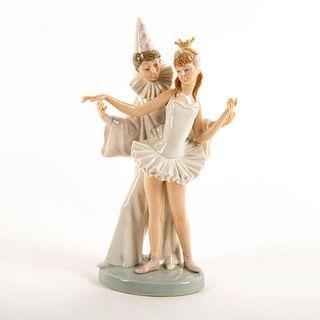 Carnival Couple 1004882 - Lladro Porcelain Figure