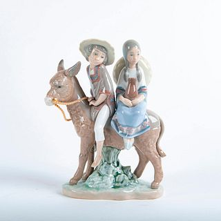Ride in the Country Figurine 01005354 - Lladro Porcelain Figure