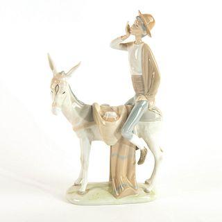 Honey Peddler 1004638 - Lladro Porcelain Figure