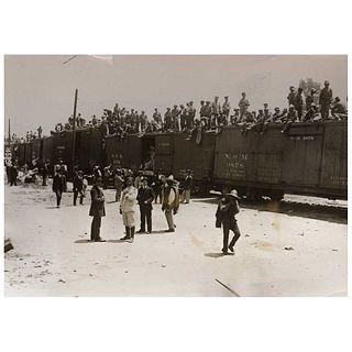 "UNIDENTIFIED PHOTOGRAPHER, Revolución Mexicana Tropas Federales, 1914, Unsigned, Silver / gelatin, 6.6 x 9.2"" (17 x 23.5 cm)"