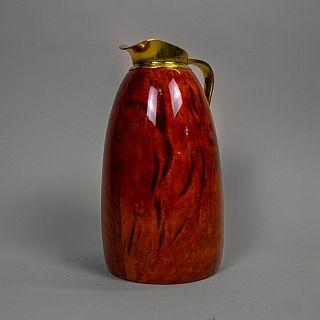 Aldo Tura. Jarra decorativa en madera, latón y pergamino rojo / Decorative wood and goatskin pitcher