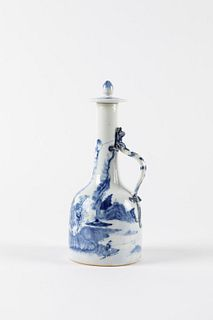 Blue and white porcelain bottle, 19th century China