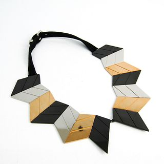 Louis Vuitton Crew Necklace 2013 Prefall Collection M65008 Leather,Metal Women's (Silver,Gold,Gunmetal)