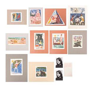 """VITA GIORGI Lote de 12 obras y fotografías. Sin enmarcar Consta de: a) """"La Spiaggia"""" Firmado a lápiz y fechado 1961. Otras."""