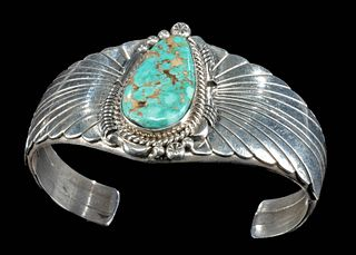 Vintage Navajo / Zuni Silver & Turquoise Cuff Bracelet
